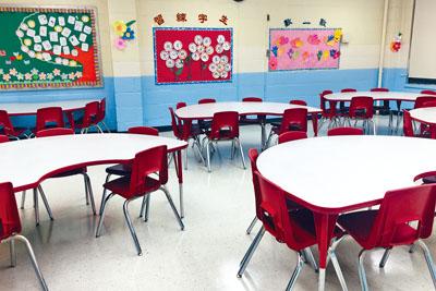 準備用作校內圖書館的嶄新課室