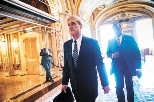 美國特別檢察官穆勒(前)已要求白宮提供特朗普就任總統後所採取一些行動的記錄和電郵通訊以調閱。美聯社