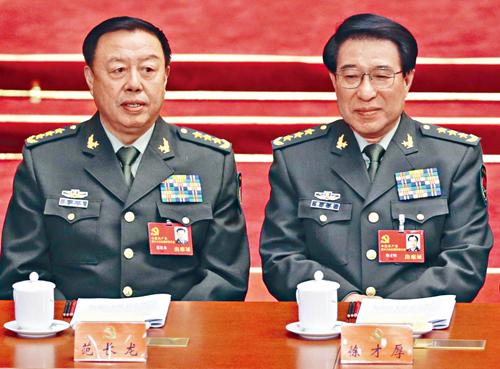 范長龍被指是徐才厚(右)嫡系。