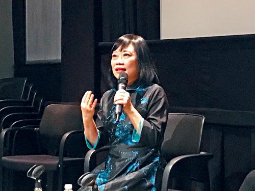 李靖惠與觀眾分享導演心得。
