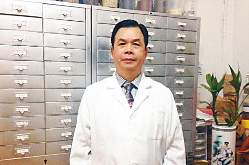 馮樹暢醫師獨創「馮氏三聯療法」通治一切慢性雜症,頸椎慢性疾病只是水山一角,每治必效,恢復健康。