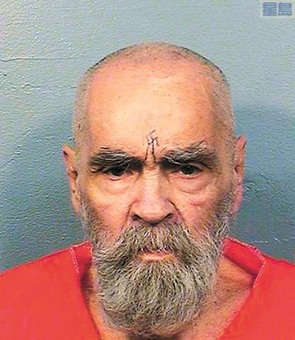 邪教首領曼森生前獄中檔案照。美聯社資料圖片