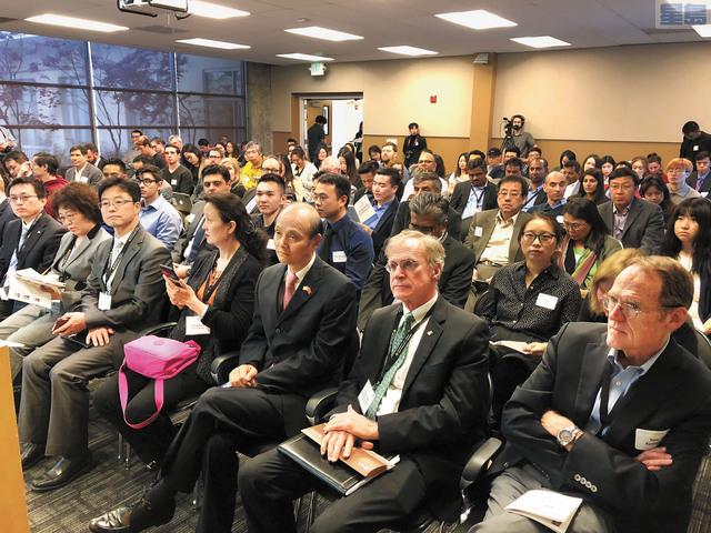 多位關心中美貿易關係的相關專家、企業界人士和學生出席論壇。記者劉康泰攝