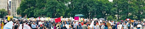 數千人參加反對特殊高中改革示威。