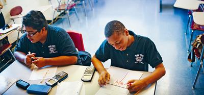 紐約州會考初級代數考試再降門檻,考生只需要取得30%已合格。Hilary Swift/紐約時報