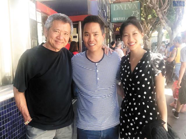 講述亞裔另類家庭的電影《你和我》在三藩市首映,電影主創包括演員柳青,導演朱觀屏以及演員蘇嘉慧(從左到右)現身。記者徐明月攝