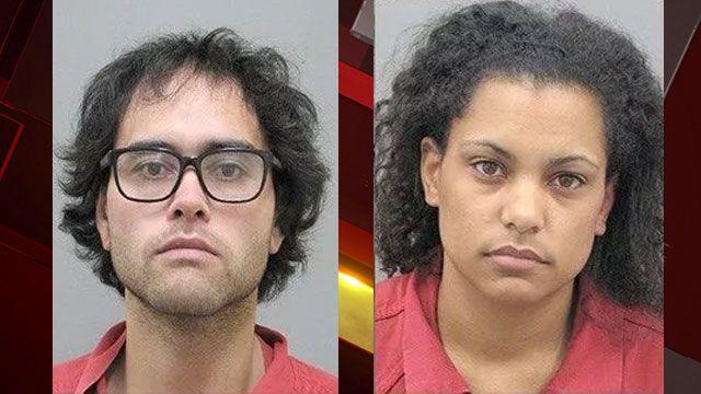 涉嫌偷走裝滿超過300把槍的卡車及拖車,拉斯維加斯鴛鴦大盜唐尼辛及其女友安格絲雙雙落網。哈德森市警局