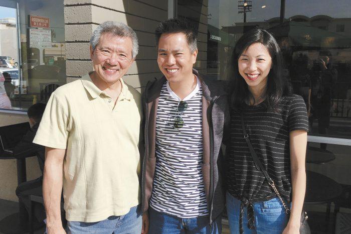 《你和我》劇組主演柳青、導演朱觀屏,以及監製兼主演蘇嘉慧(左至右),接受本報專訪。記者黃品瑄攝