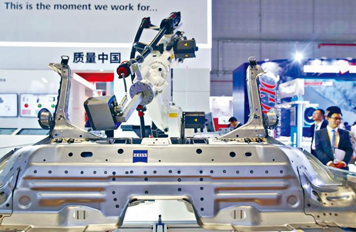 進博會展出多項人工智能(AI)產品。新華社