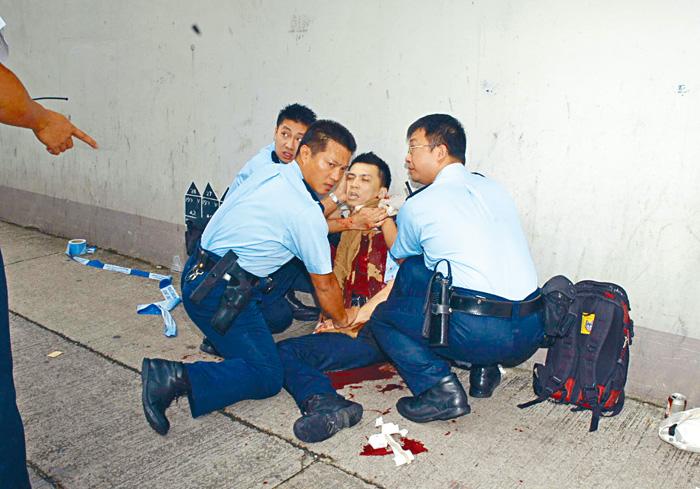 警員朱振國截查可疑人遇襲時被持刀男子割傷頸部大動脈致癱。資料圖片