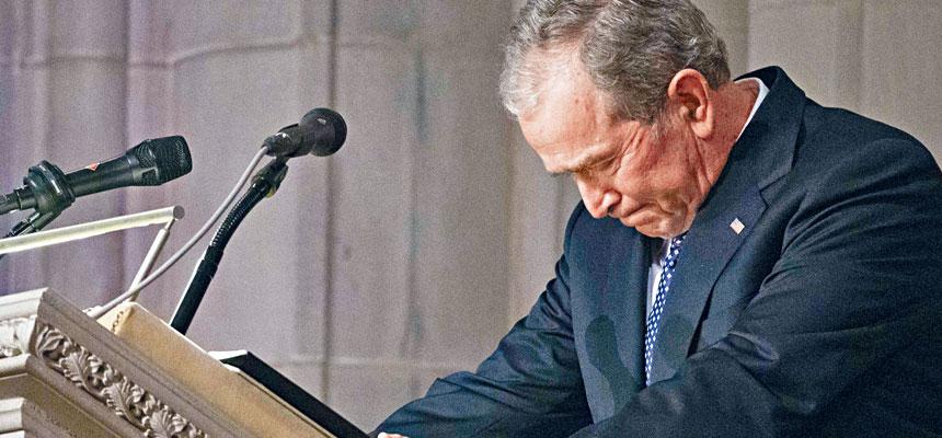 前總統小布殊在老布殊的國葬儀式致悼詞時多度哽咽,但表示全家人雖然不捨,對父母能夠在天堂相聚感到安慰。美聯社