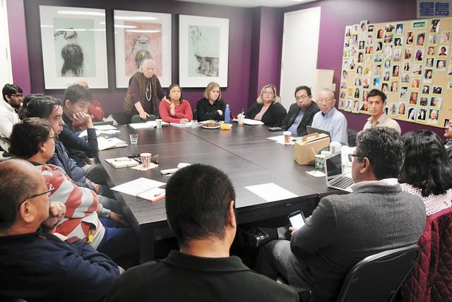 三藩市族裔媒體服務創辦人克勞斯邀集多個少數族裔媒體,為2020年全美人口普查宣傳獻計獻策,希望更多少數族裔社區參加普查。記者徐明月攝