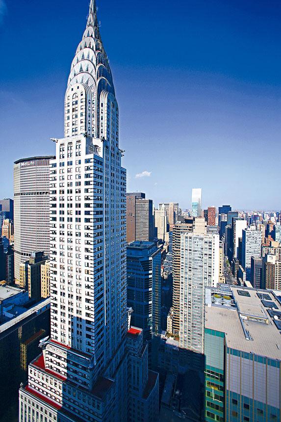 克萊斯勒大廈由一個阿布扎比政府基金和鐵獅門共同持有。Chang W. Lee/紐約時報