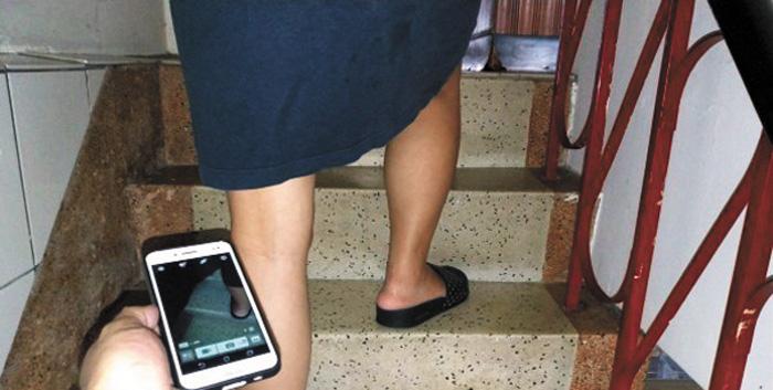 新加坡補教老師劉文恩在2年內拍下252個裙底畫面的影片,受害女子竟多達142人。網上圖片