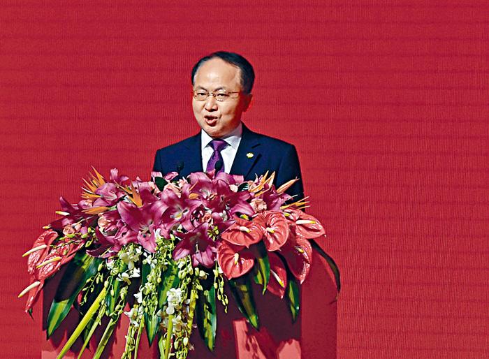 王志民邀請全體立法會議員在下星期二元宵佳節,往中聯辦大樓出席春茗團拜。資料圖片
