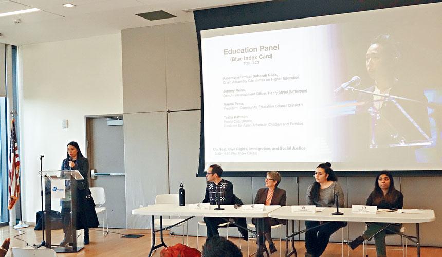 牛毓琳和嘉賓們討論特殊高中改革問題。