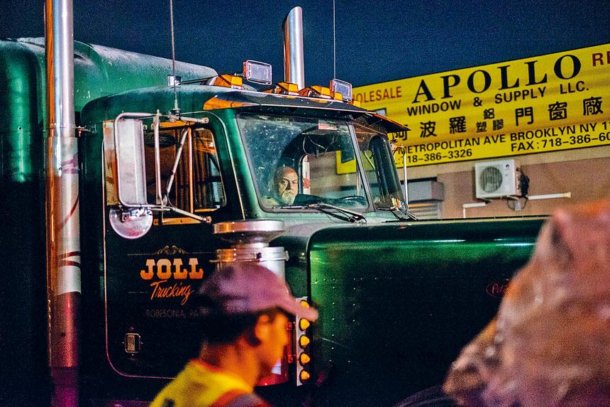 私營垃圾車公司被指缺乏規劃,路線安排混亂。Christian Hansen/紐約時報