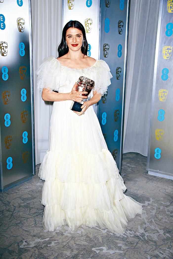 ■麗素慧絲亦憑《爭寵》擊敗同片的愛瑪史東,獲最佳女配角。