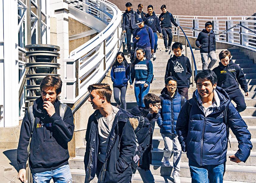 非裔及西裔學生在特殊高中的收生率不成比例地低;圖為史蒂文生高中。Christopher Lee/紐約時報