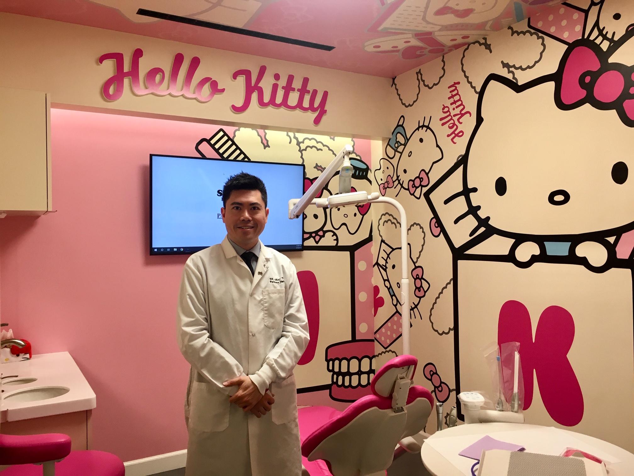 柏麗牙科創始人杜振軒與Hello Kitty 三麗鷗品牌合作,推出Hello Kitty & Friends系列主題牙科診所。柏麗牙醫提供