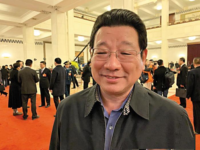 陳智敏透露,從內地逃到香港的重犯達300多人,全部「有名有姓」。網上圖片