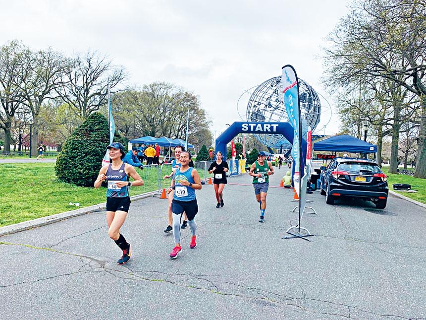 許多參賽者冒著春寒開跑。