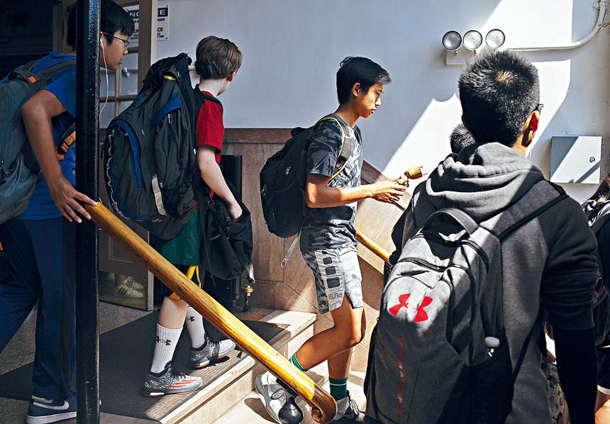 目前亞裔學生在特殊高中的佔比高達62%。Emma Howells/紐約時報