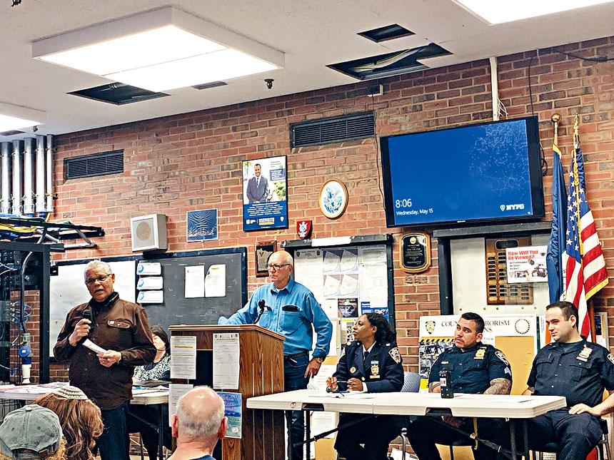 7分局昨召開警民會。