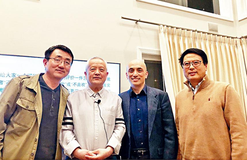 文化村村長劉承熹(右2)與嘉賓合影。主辦方提供