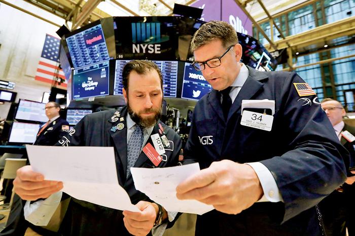 ■紐約股市經過周一大跌後,周二反彈上漲,道指升逾200。 加通社