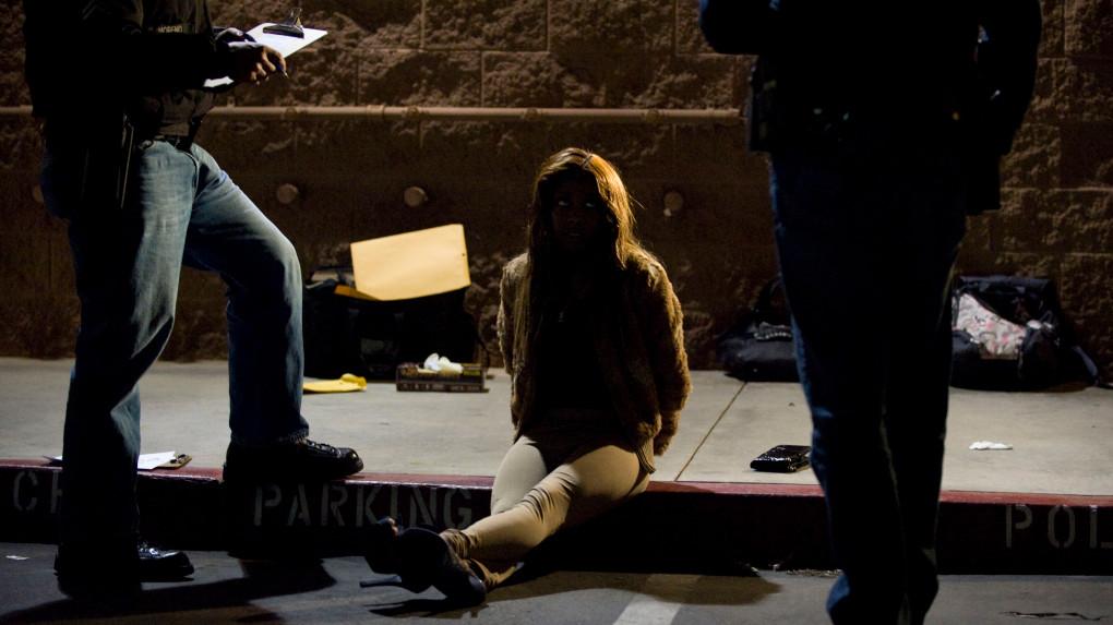 橙縣聖塔安那警局將自27日起在網上公布賣淫相關犯罪者的資料及照片。SCNG