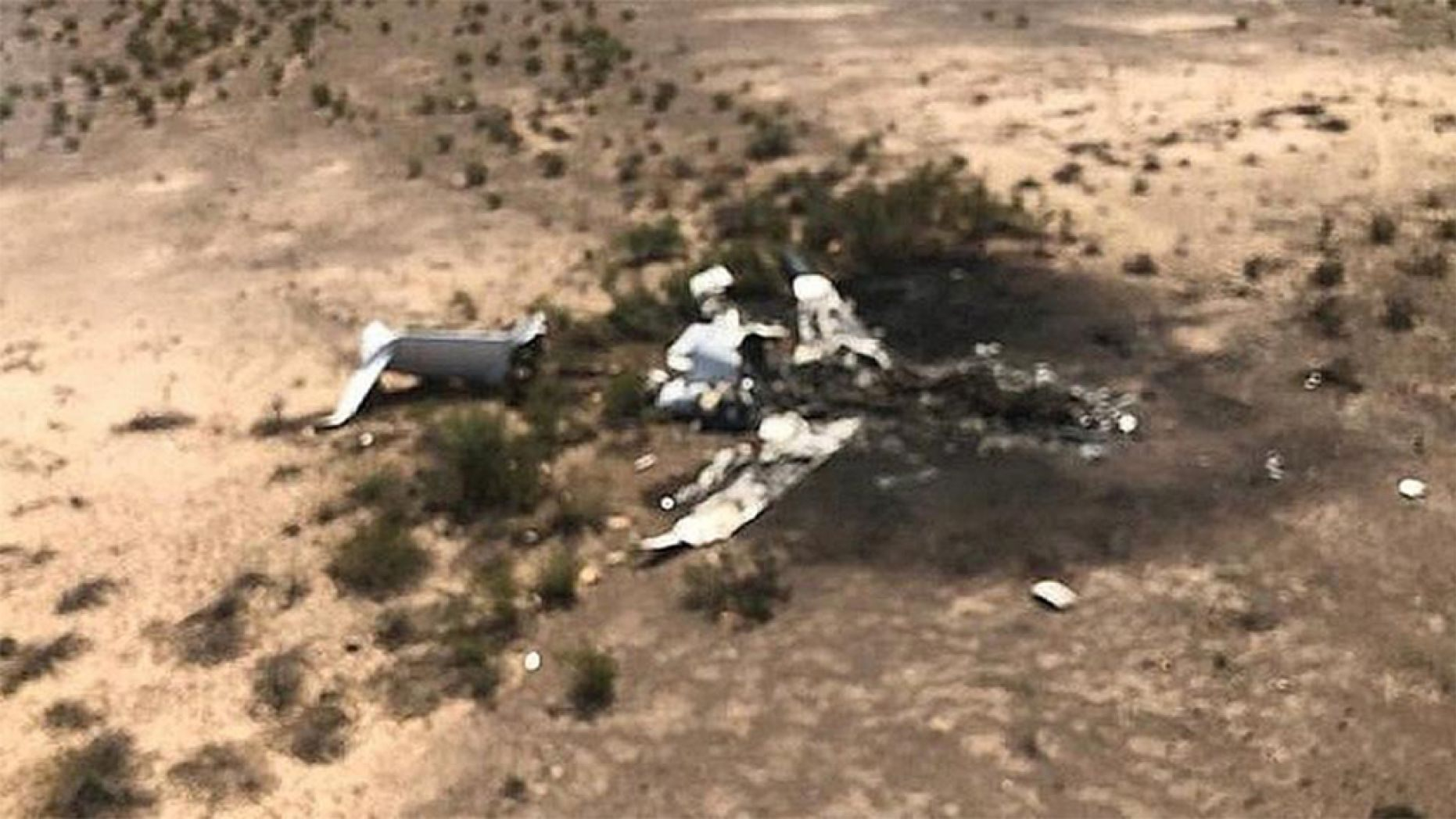 賭城5日傍晚起飛的一架私人飛機墜毀於墨西哥北部山城 機上13人不幸罹難。 Abc 4