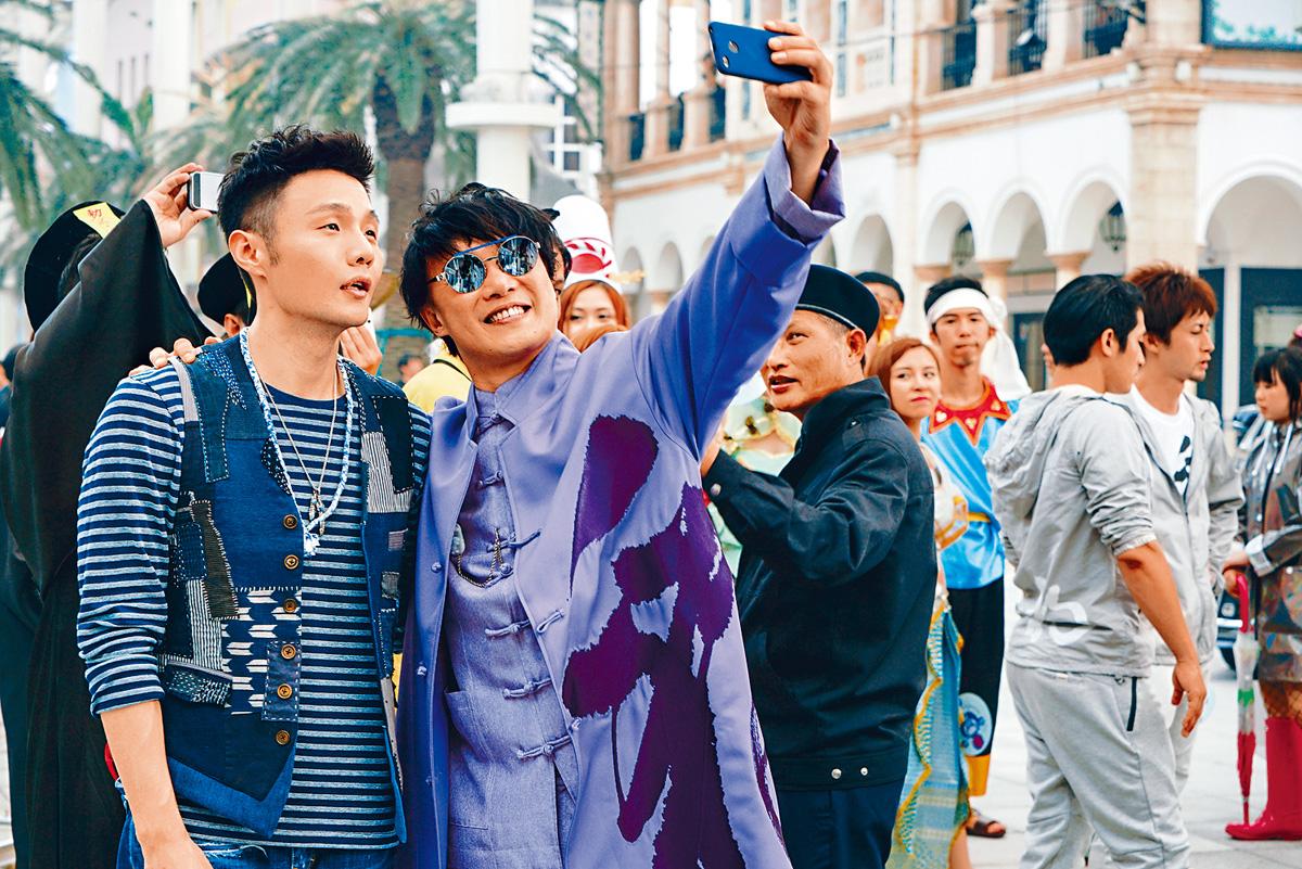 ■李榮浩(左)與好友Eason,齊齊入圍競逐金曲獎。(資料圖片)