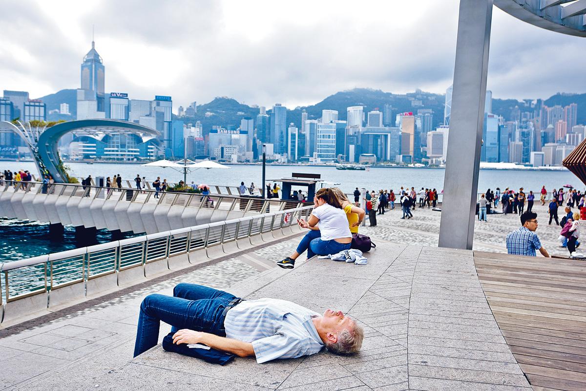 ■自中美開打貿易戰後,本港今年經濟受到不少挑戰。資料圖片