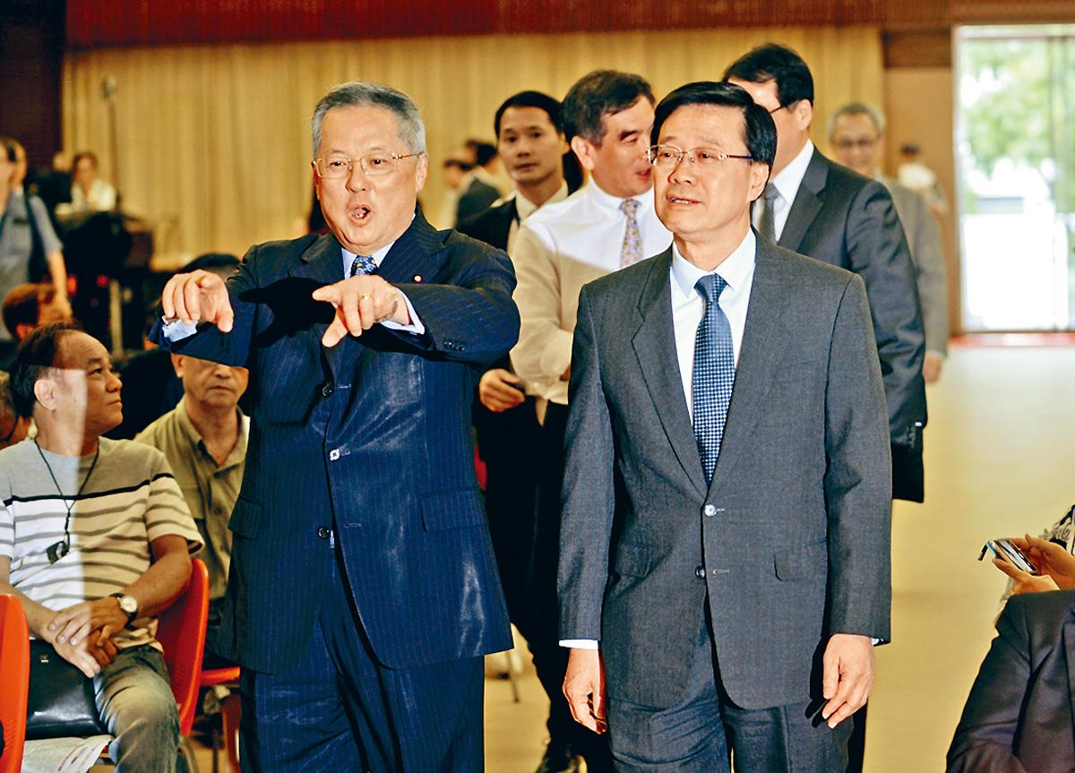 李家超(右)出席自由黨《逃犯條例》修訂答問大會。黃賢創攝
