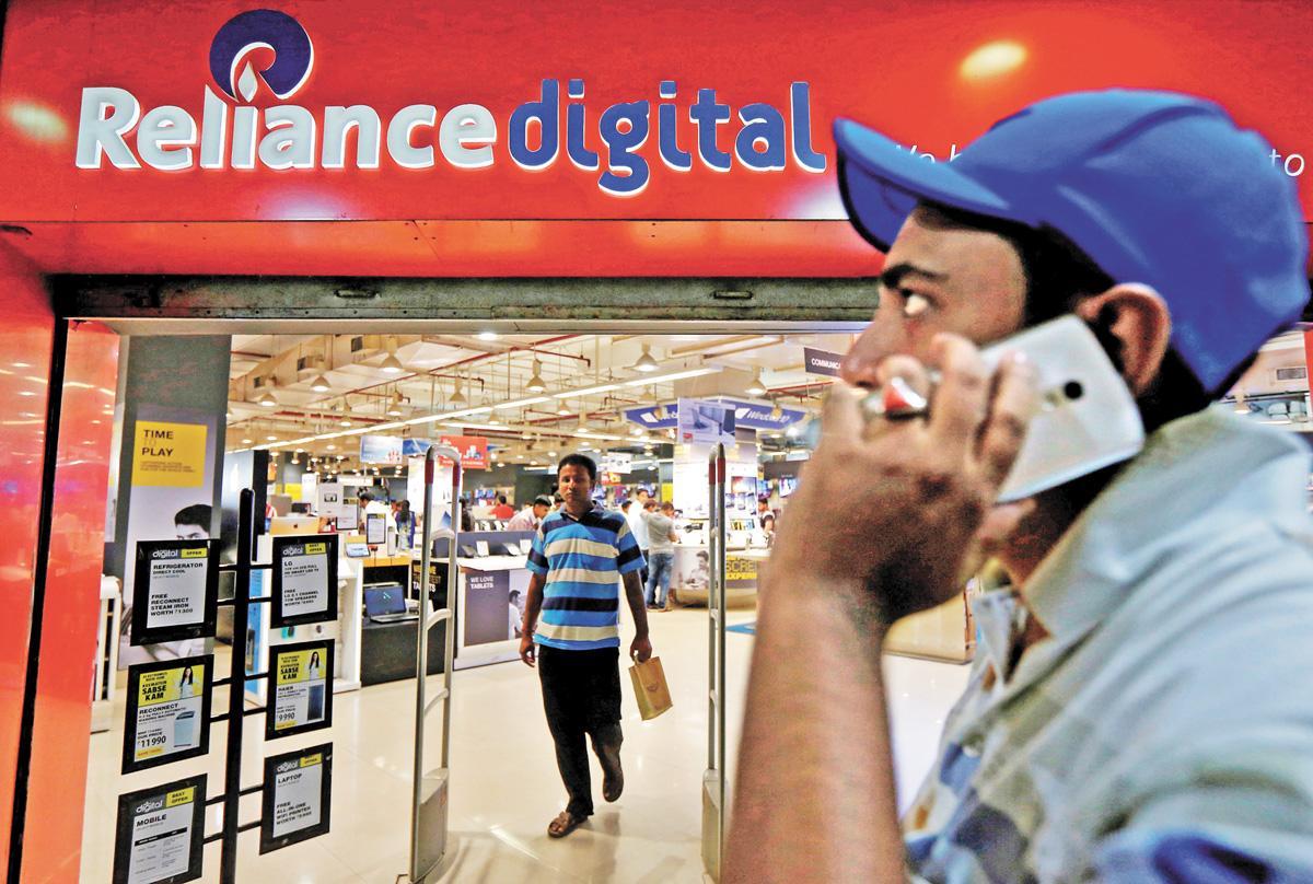 信實集團在印度共有超過一萬家零售門市。路透社