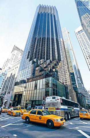 ■特朗普大廈位於曼哈頓黃金地段,但過去兩年無論商用還是住宅單位,租售行情均下跌。美聯社