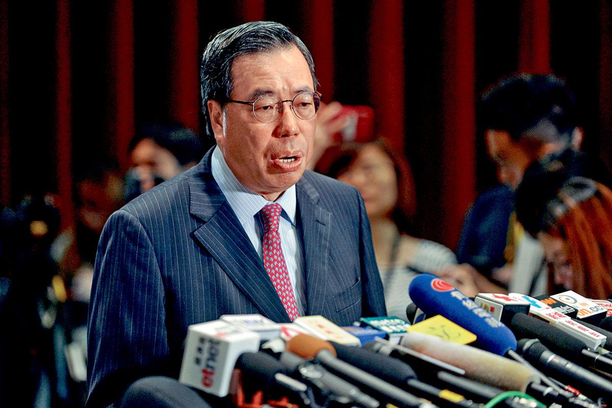 梁君彥認為應先把政治事件「丟埋一邊」,令社會平靜下來。黃賢創攝