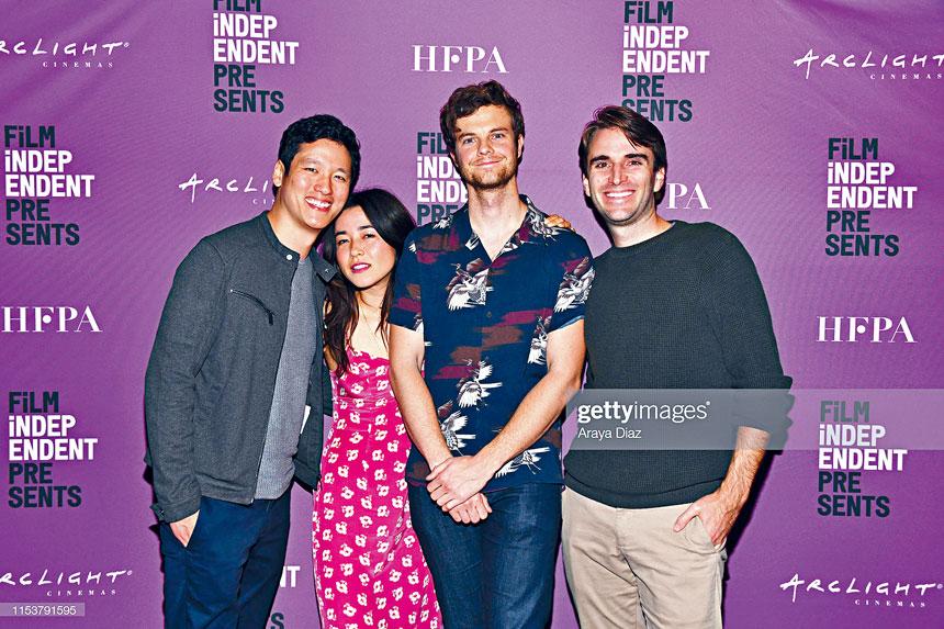 身兼編劇及導演陳志豪及Andrew Rhymer,與Plus One 男女主角在電影節上合照。