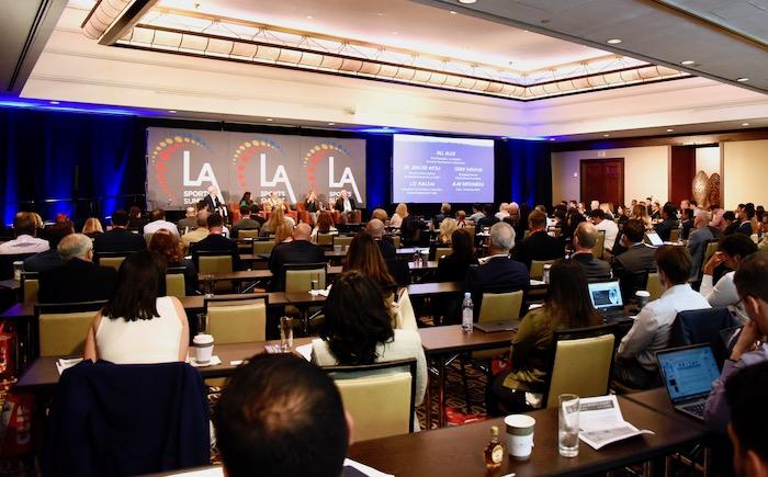 首屆洛杉磯體育峰會舉行。龐可陽攝
