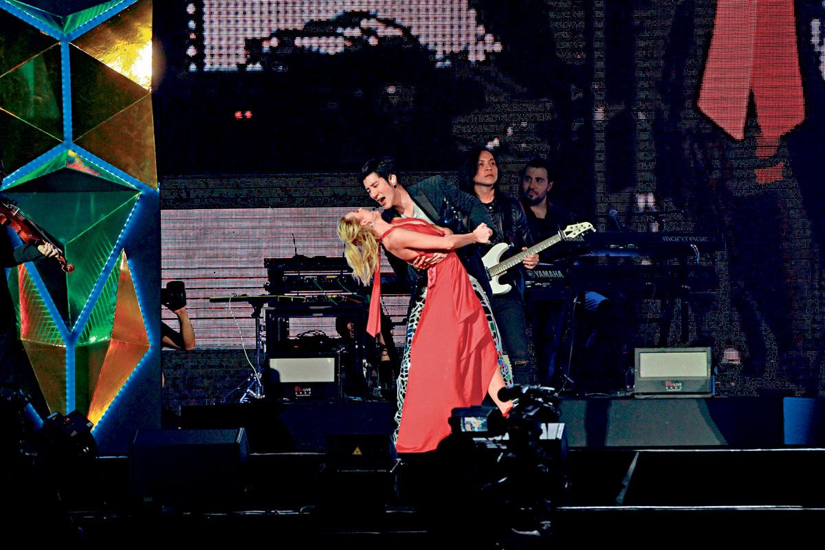 ■王力宏在演唱會上大展舞技。