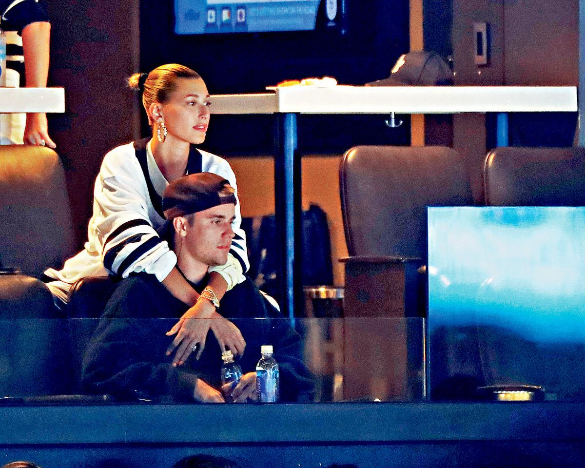 ■小Justin去年9月已跟Hailey結婚,他和Selena藕斷絲連的關係正式告一段落。