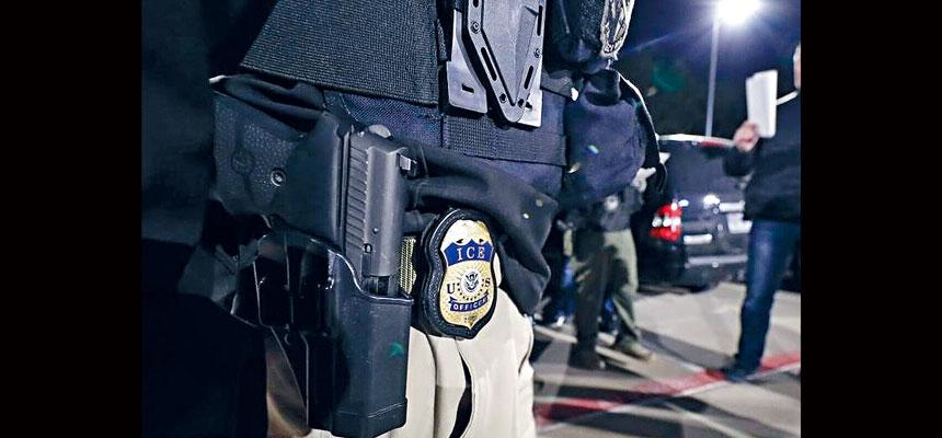 消息人士透露,移民與海關執法局將從周日開始,大規模抓捕身負遞解令的無證客並將他們遣返出境。移民與海關執法局圖片