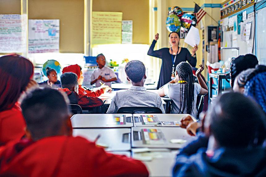 報告指如果能夠靈活運用現有設施,公校系統可節省高達24億元。Stephen Speranza/紐約時報