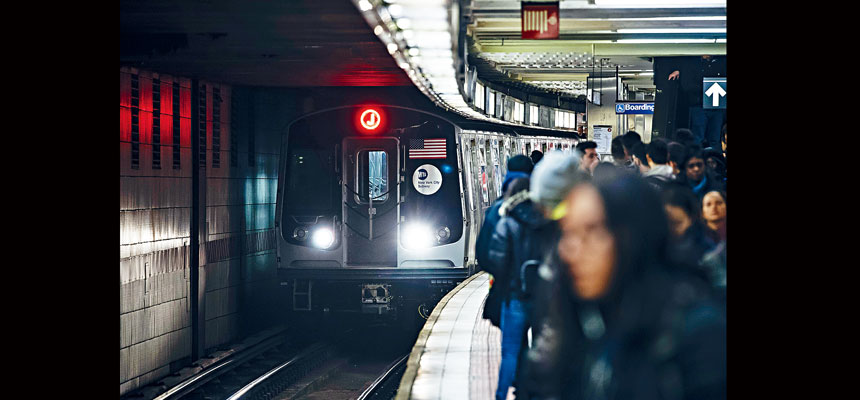 紐約市地鐵的平日列車準時率達81.5%。Karsten Moran/紐約時報