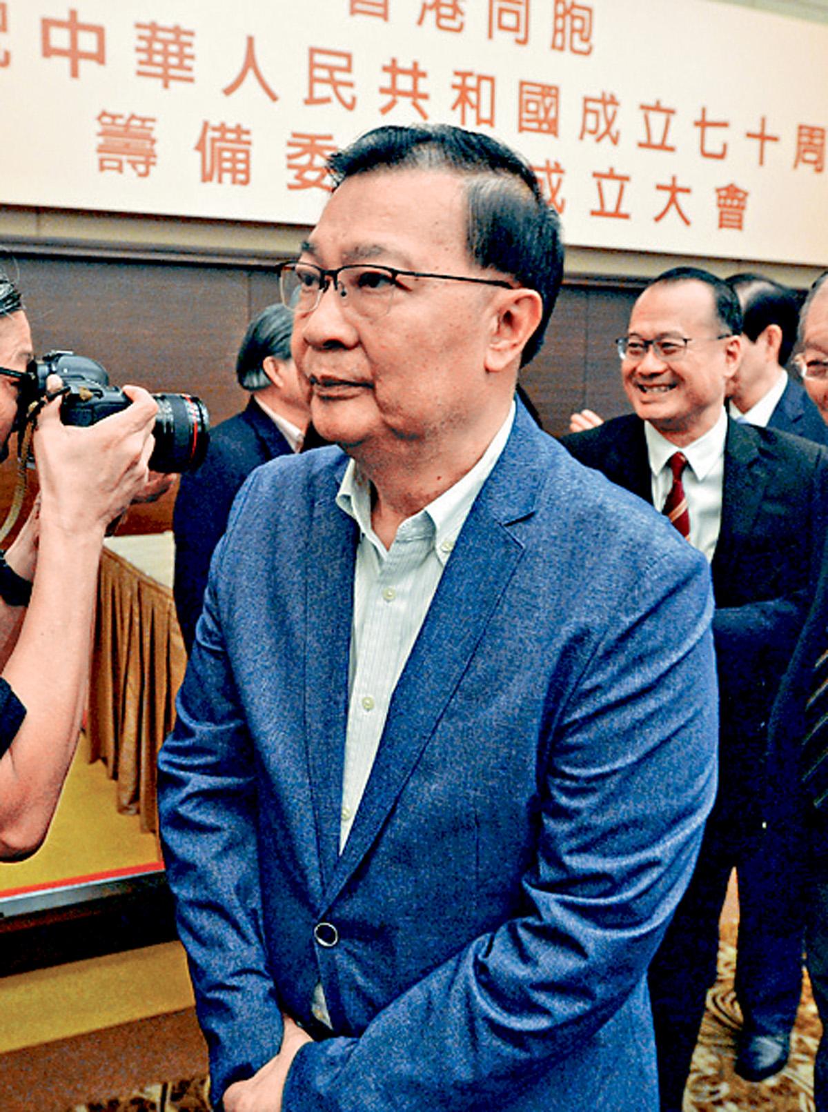 譚耀宗表示,社會毋須再就「撤回」等字眼爭議。