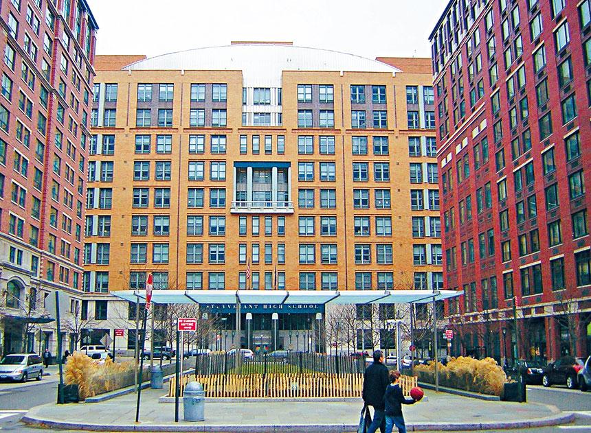 紐約州教育廳日前駁回了針對紐約市「探索項目」的上訴,圖為其中一間特殊高中史岱文森高中。資料圖片