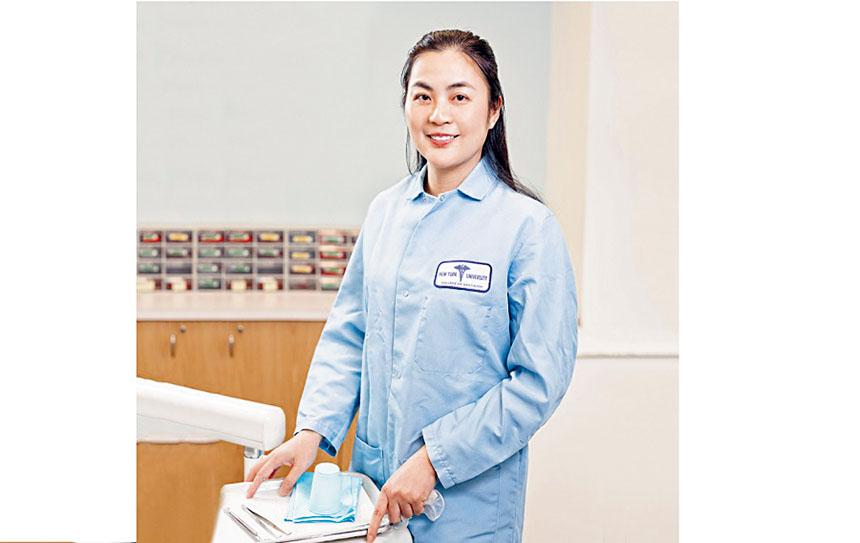 著名牙醫楊健博士醫術精湛帶領醫師團隊駐診,加上設備先進、診治細心,深得群眾愛戴。