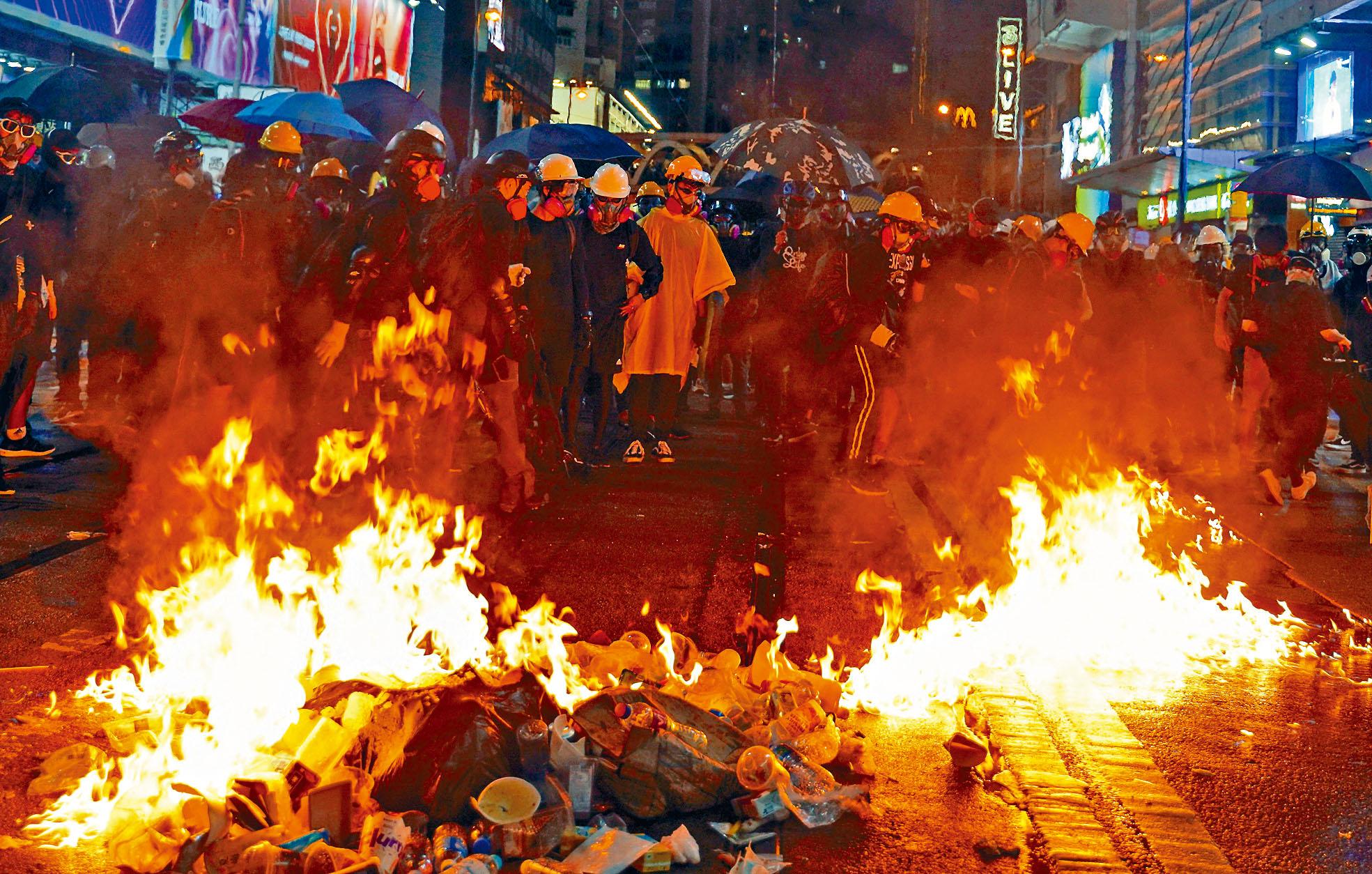 香港反修例風波持續,示威者抗爭不斷升級,北京明言需要遏止亂局。資料圖片