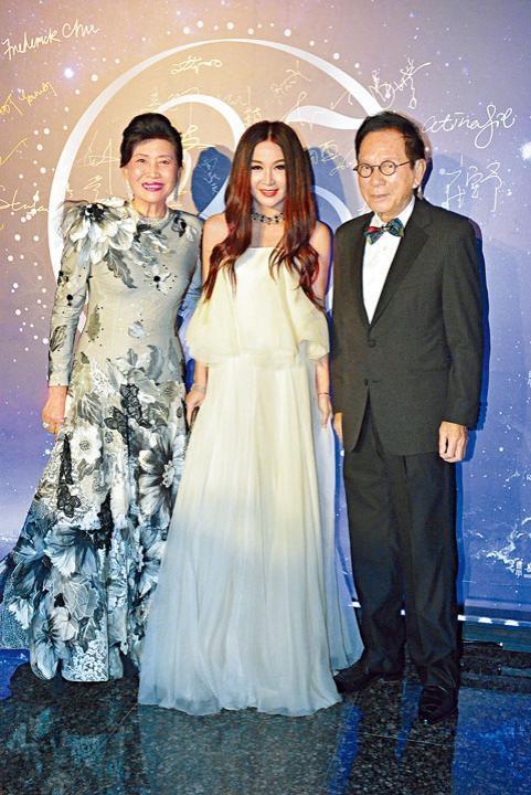 溫碧霞稱很欣賞趙曾學韞對慈善工作的熱誠。